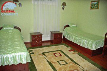 Отель Ideal 4