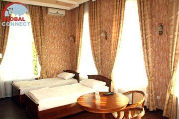 Отель Ideal 6