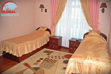 Отель Ideal 5